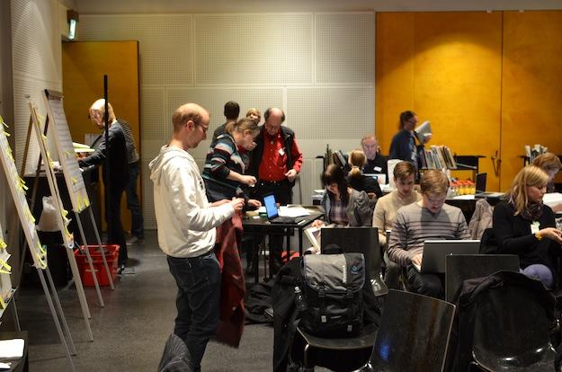 Writing has started. Photo: Kimmo Virtanen / CAA. CC-BY 3.0