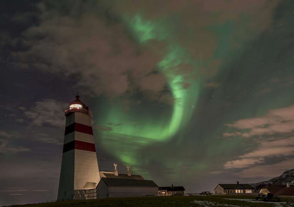 Norjan Wiki Loves Monuments -voittaja. Henny Stokseth: Alnes fyr i Mars 2013